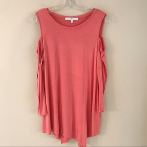 Fever / top - Cold Shoulder. Salmon Large